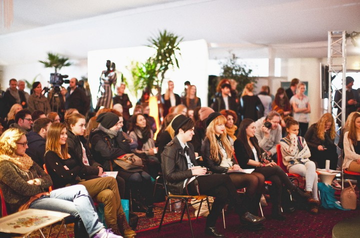 fashion net education center eventmanagement zackbumm. Black Bedroom Furniture Sets. Home Design Ideas